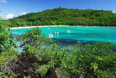 Cette île vallonnée à la nature sauvage regorge de sites à explorer