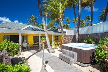 Terrasse de la Beach House avec bain à remous