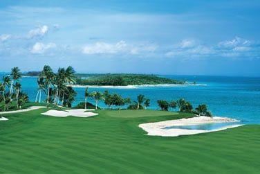 Le golf 18 trous conçu par Tom Weiskopf