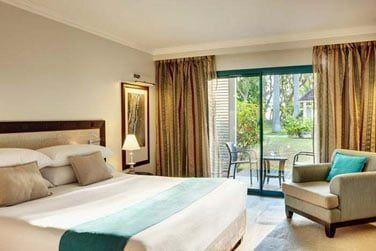 Les chambres sont confortables, lumineuses et élégamment décorées