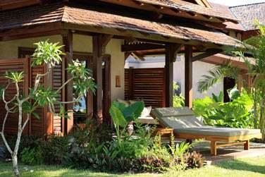 Architecture des petits pavillons à l'hôtel LUX* Le Morne à l'île Maurice