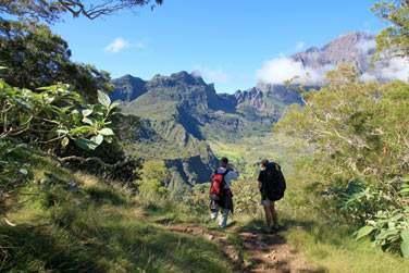 Randonnée dans le cirque de Mafate, classé à l'UNESCO à la Réunion