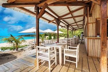 Et c'est le restaurant de la plage qui vous accueillera pour vos déjeuners