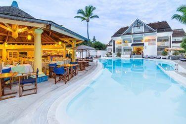 Un hôtel de charme situé au bord de la plage de l'Hermitage-les-Bains