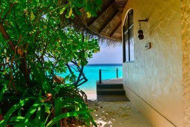 Extérieur de la Villa Ocean Front... A quelques pas seulement du lagon turquoise