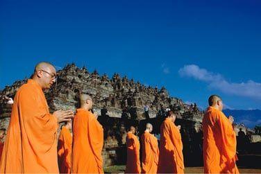 Découvrez des temples à l'architecture et aux ornements typiques