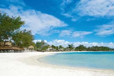 Cet hôtel est bordé par un lagon de rêve propice aux activités nautiques
