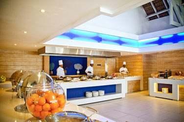 Les buffets offrent une cuisine très variée. Découvrez toute les saveurs de la gastronomie mauricienne