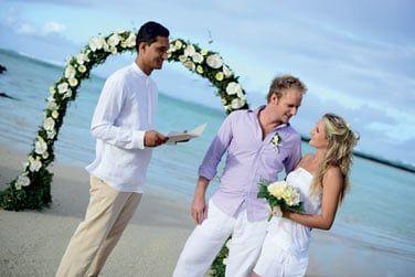 Le cadre est idyllique pour une cérémonie de mariage...