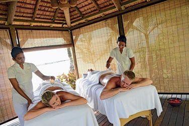 4 salles de soins, un hammam, un sauna et un bain à remous