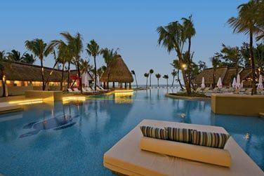 De nombreux espaces ludiques de bain et de relaxation vous sont proposés