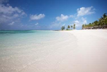 La très célèbre plage de Belle Mare longue de plusieurs kilomètres