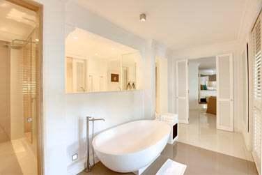Salle de bain de la Suite Lune de miel