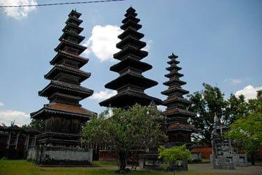 Les temples sont nombreux à Bali ! Vous pourrez visiter certains d'entre eux