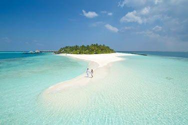 Lagon turquoise, étendues de sable blanc, l'horizon à perte de vue...