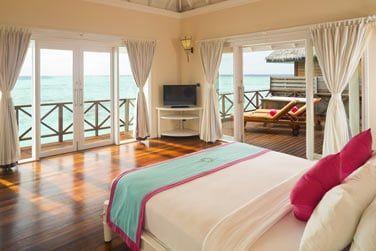 Les Villas Reef, sur pilotis, vous offrent une vue dégagée sur le lagon.