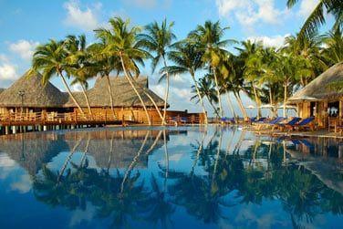 La piscine de l'hôtel... Un endroit idéal pour lézarder toute la journée