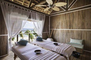 Pour des moments de bien-être, pensez aux cabines de massage sur la plage