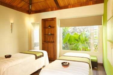 Le Spa possède plusieurs cabines de soin à la décoration design et épurée