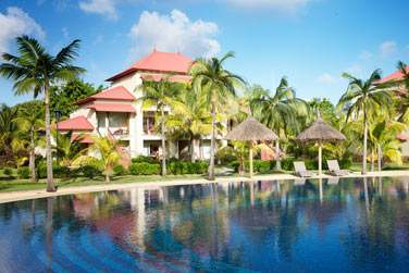 L'hôtel possède de très grandes piscines...