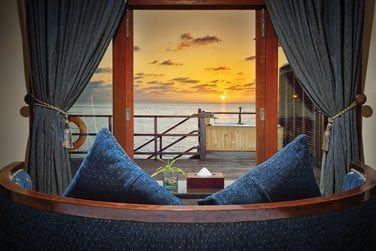 La villa pilotis sunset avec bain à remous vous permet de profiter des splendides couchers de soleil.