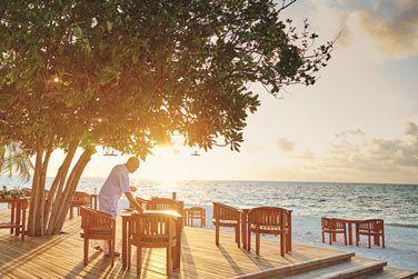 Sa terrasse avec une vue imprenable sur le lagon.