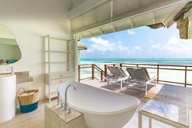 La salle de bain des villas sur pilotis