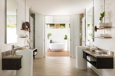 Et la magnifique salle de bain