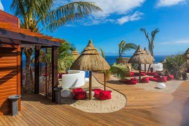 Un véritable espace plage privatif aménagé rien que pour vous
