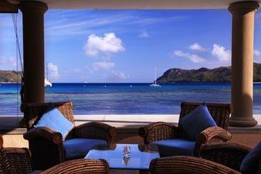 Le bar de l'hôtel, un endroit idéal pour un moment de détente en sirotant un cocktail