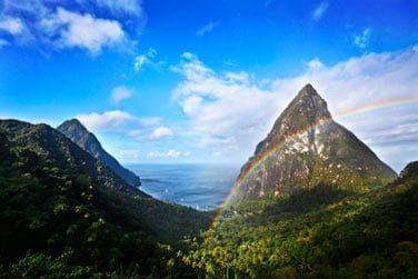 Bienvenue dans le Sud de Sainte Lucie, admirez la vue sur les Pitons .. l'environnement naturel y est exceptionnel