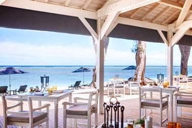 L'hôtel LUX* Ile de la Réunion propose une cuisine aux saveurs traditionnelles ou exotiques