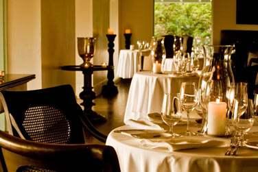 Le restaurant gastronomique La PLantation Room vous accueille en soirée
