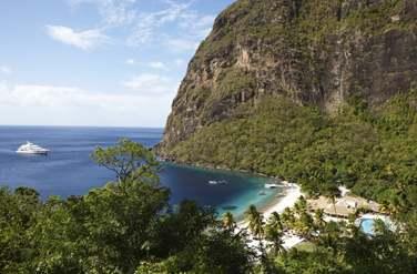Entouré d'une forêt tropicale, Le resort jouit d'une situation exceptionnelle