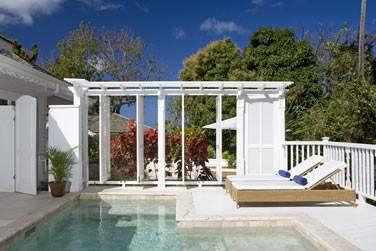 La piscine privée de la Luxury Villa avec piscine