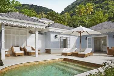 La piscine privée du Superior luxury Cottage