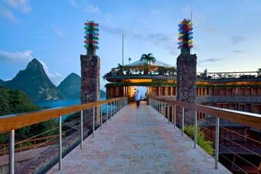 Entrée vers votre sanctuaire... à l'hôtel Jade Mountain à Sainte-Lucie
