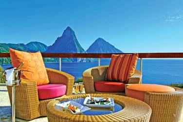 Vous apprécierez passer un moment sur la terrasse à contempler les fabuleux Pitons