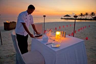 Pour les dîners privés, les possibilités ne manquent pas... En amoureux sur la plage...