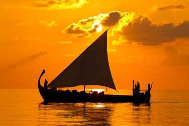 Et admirez les fabuleux couchers de soleil sur l'océan Indien