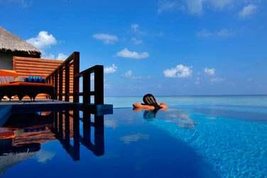La Water Villa avec piscine, sur pilotis... L'horizon à perte de vue