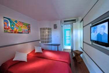 Les chambres sont joliments décorées