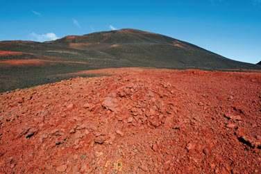 La Plaine des Sables du volcan Piton de La Fournaise (photo Serge Gelabert)