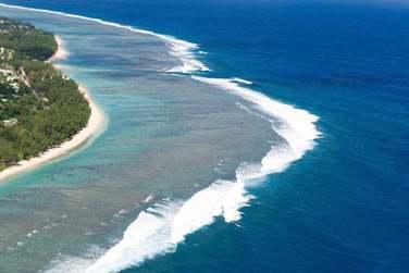 A l'Ouest de l'ile son beau lagon