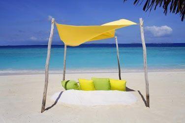 Profitez d'un pique-nique romantique sur la plage...