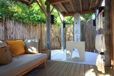 Salle de bain Beach Villa avec douche extérieur
