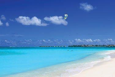 Profitez des conditions idéales pour vous adonner à une séance de kitesurf