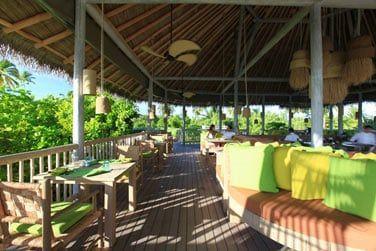 Appréciez votre repas dans ce décor typiquement maldivien...
