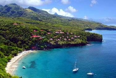 Bienvenue à Sainte-Lucie, petit joyau des Caraïbes !
