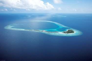 Découvrez une île de toute beauté... Un véritable écrin de verdure entourée d'un lagon cristallin